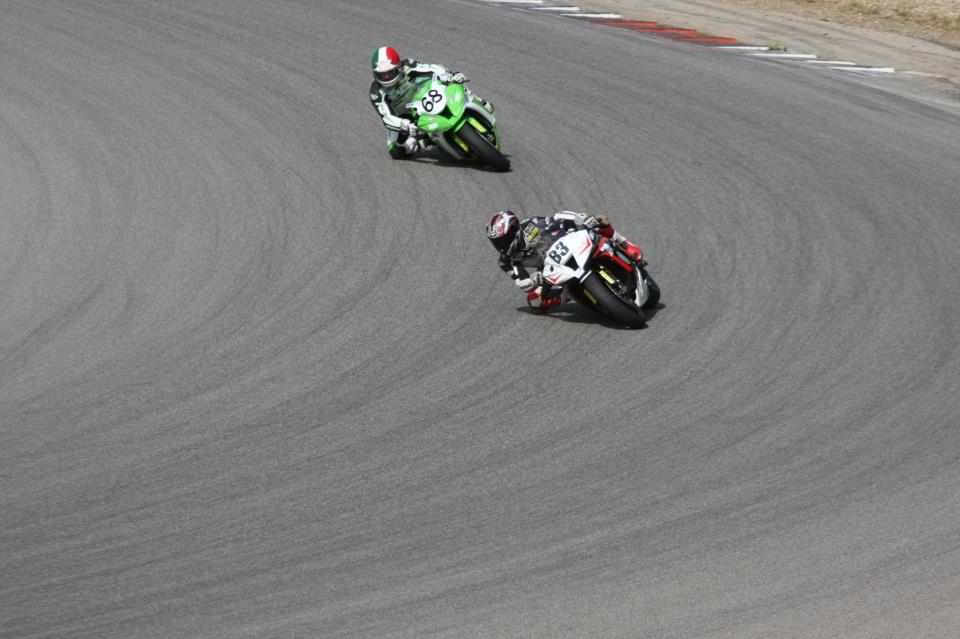 Circuit d'ales 2013, coupes de france promosport 1000, sergio nangeroni a l'attaque dans le viarge #83 volkanik endurance