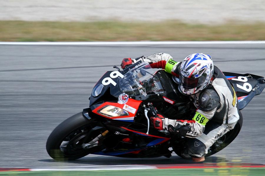 Motos du team SRET666 BMW au 24h motos de barcelone