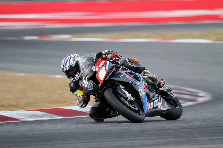 24 h de motos de barcelone , bmw du team SRET666