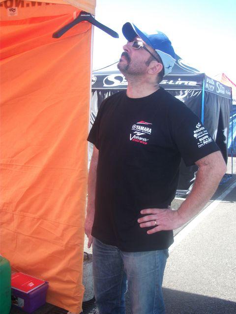 Dave l'attaque en pleine reflexion lors du week end de promosport a nogaro 2011.volkanik